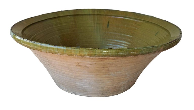 19th Century Spanish Hand Thrown and Glazed Green Stoneware Pottery Bowl For Sale 1
