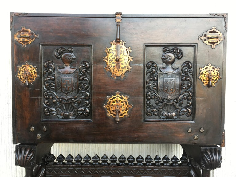 Hand-Carved 18th Century Spanish Baroque Style Cabinet on Stand, Bargueno or Varqueno For Sale