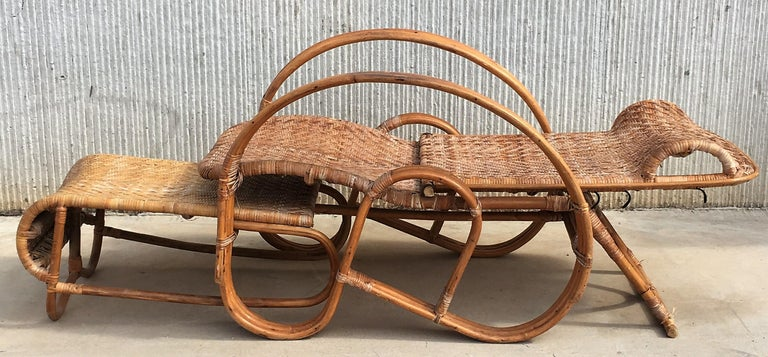 20th Century Adjustable Bentwood and Rattan Chaise Longue with Ottoman For Sale 4