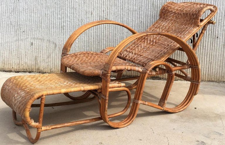 20th Century Adjustable Bentwood and Rattan Chaise Longue with Ottoman For Sale 3