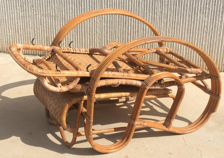 20th Century Adjustable Bentwood and Rattan Chaise Longue with Ottoman For Sale 8