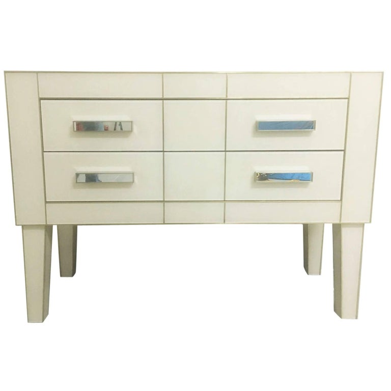 Commode in White Cream Mirrored Glass, Chest of Drawers Mirrored, Credenza