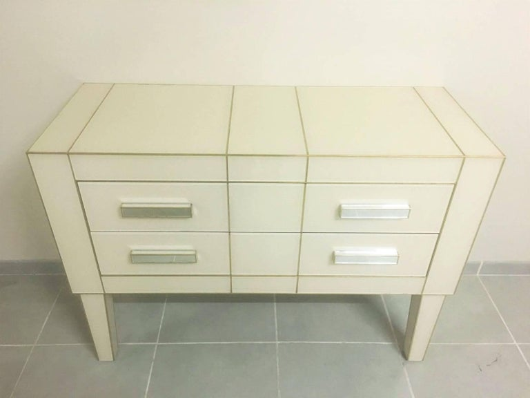 Modern Commode in White Cream Mirrored Glass, Chest of Drawers Mirrored, Credenza For Sale