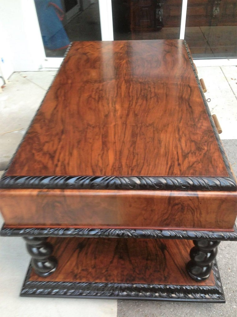 Important Art Deco Desk Table in Walnut with Black Glass Top For Sale 1