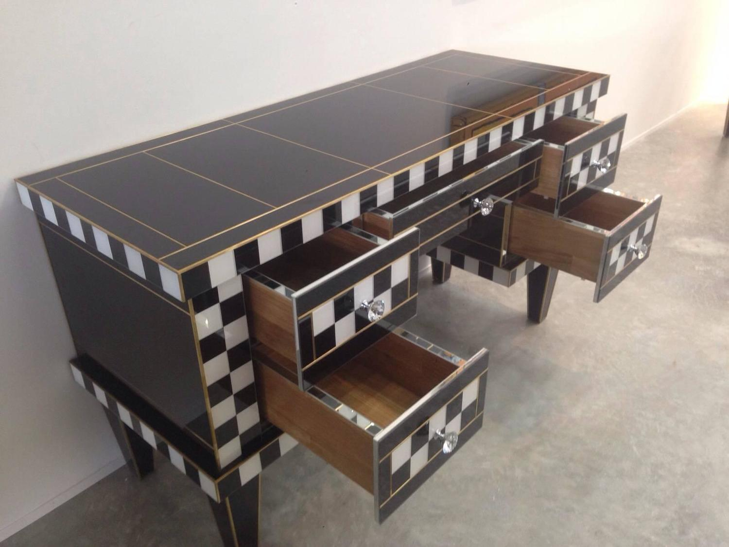 Espectacular Mirrored Desk Commode Vanity Chest Of Drawers At 1stdibs