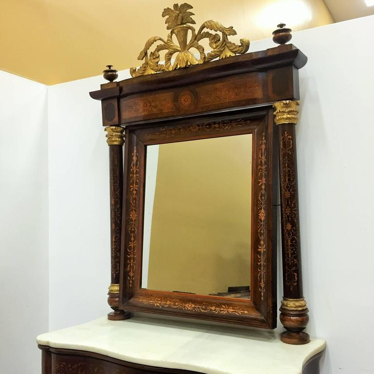 Fine Spanish Empire console with mirror in mahogany and rosewood with satinwood inlays, circa 1810.