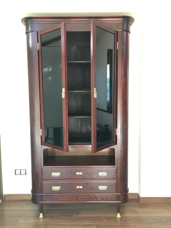 mahogany showcase vitrine art deco with two drawers for. Black Bedroom Furniture Sets. Home Design Ideas