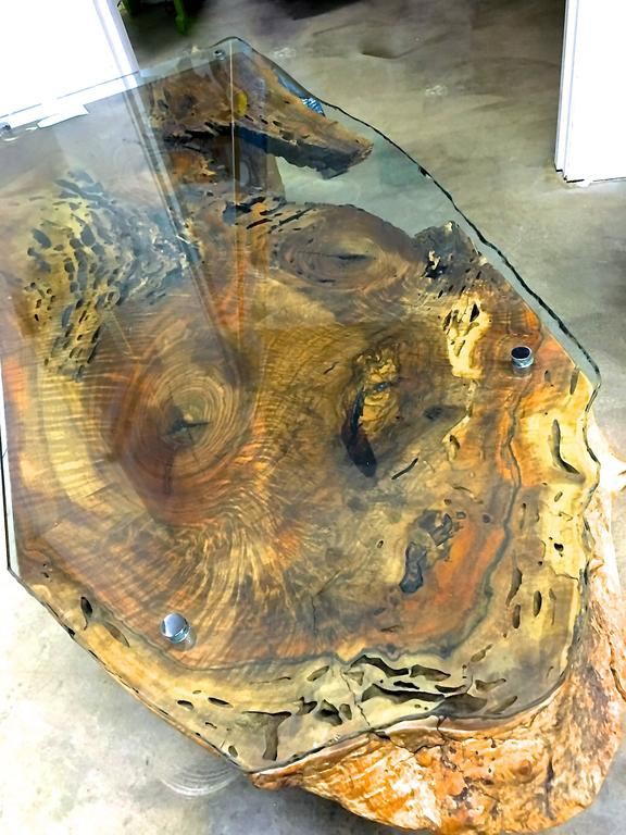 Hand-Crafted Live-Edge California Black Walnut Handmade Cocktail Table with Glass Top For Sale