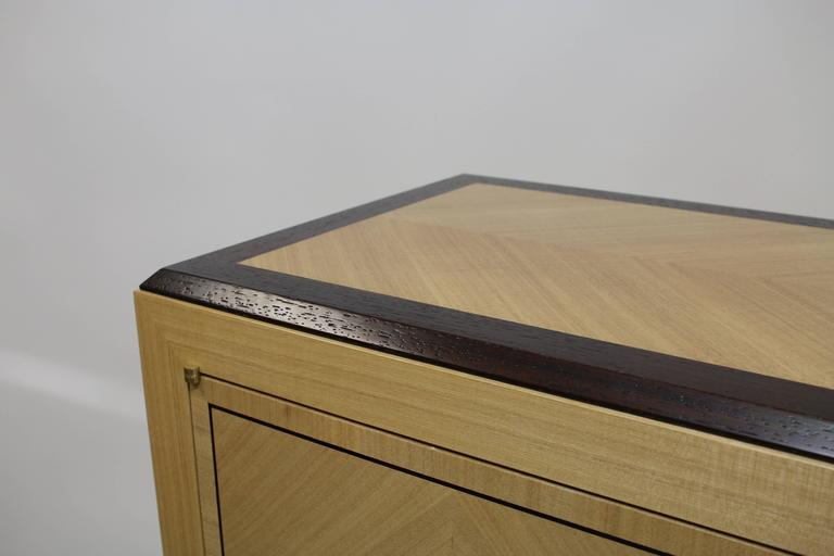 Senwen Cabinet In New Condition For Sale In Deer Park, NY
