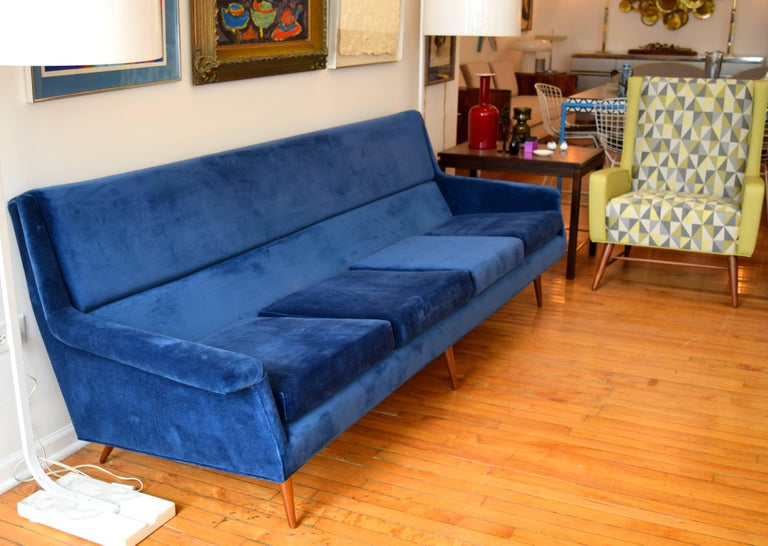 Early Milo Baughman Angular Sofa for Thayer Coggin For Sale 2