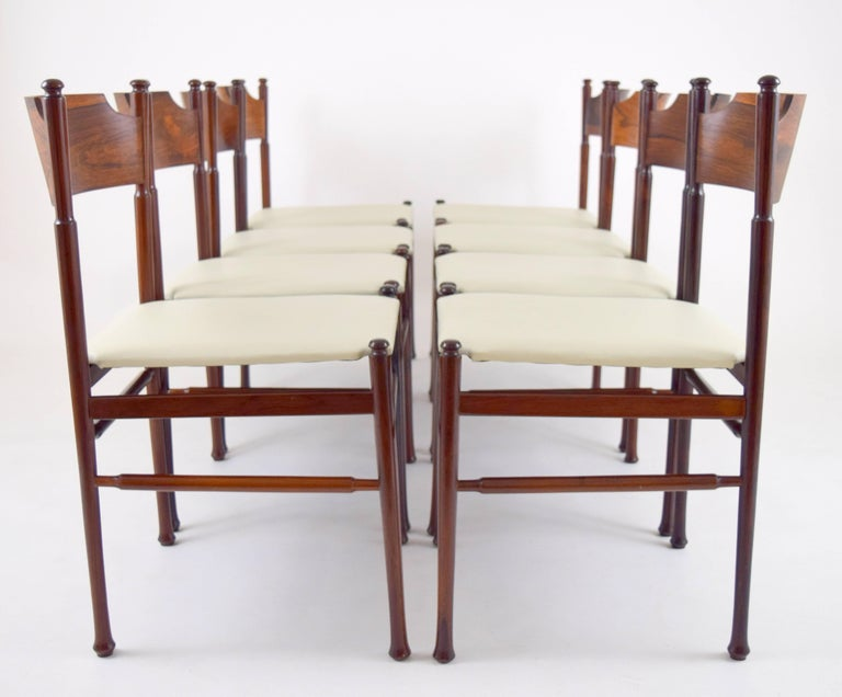 Mid-20th Century Set of Eight Italian Rosewood and Leather Chairs in the Style of Osvaldo Borsani For Sale