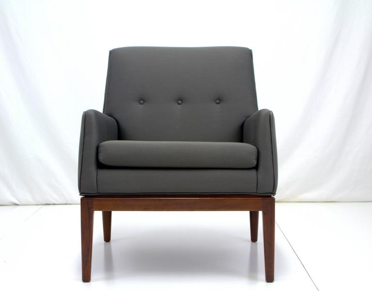 Mid-Century Modern Jens Risom Petite Lounge Chair For Sale