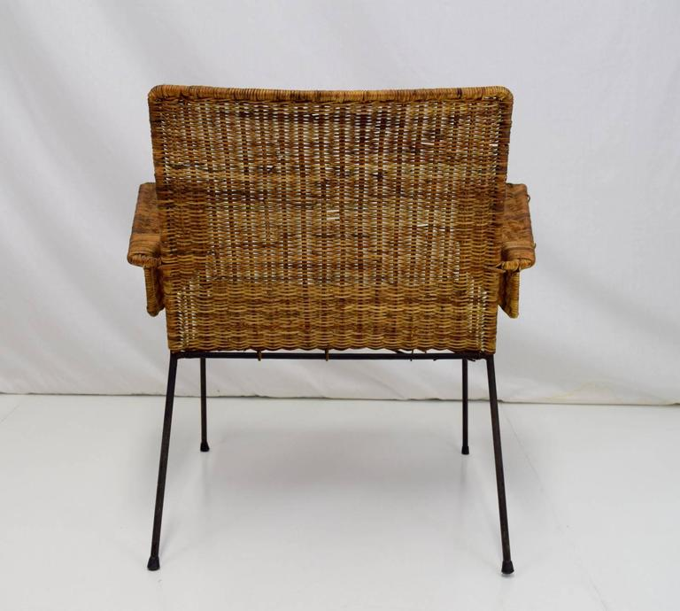 Mid-Century Modern Van Keppel-Green Iron and Wicker Lounge Chair For Sale