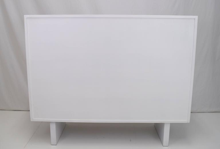 Mid-20th Century White Lacquered Wardrobe Cabinet by James Wylie for Widdicomb   For Sale