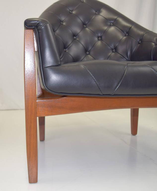 Sexy Pair of Black Leather Tufted Chairs by Milo Baughman For Sale 1