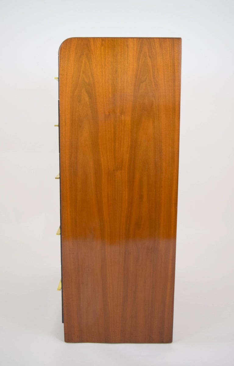 Donald Deskey Streamlined Moderne Burl Wood Chest of Drawers In Good Condition For Sale In Chicago, IL