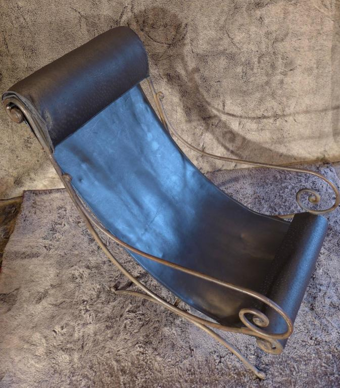 Mid-20th Century French Iron Vintage Chaise Longue and Leather, circa 1960s For Sale 1