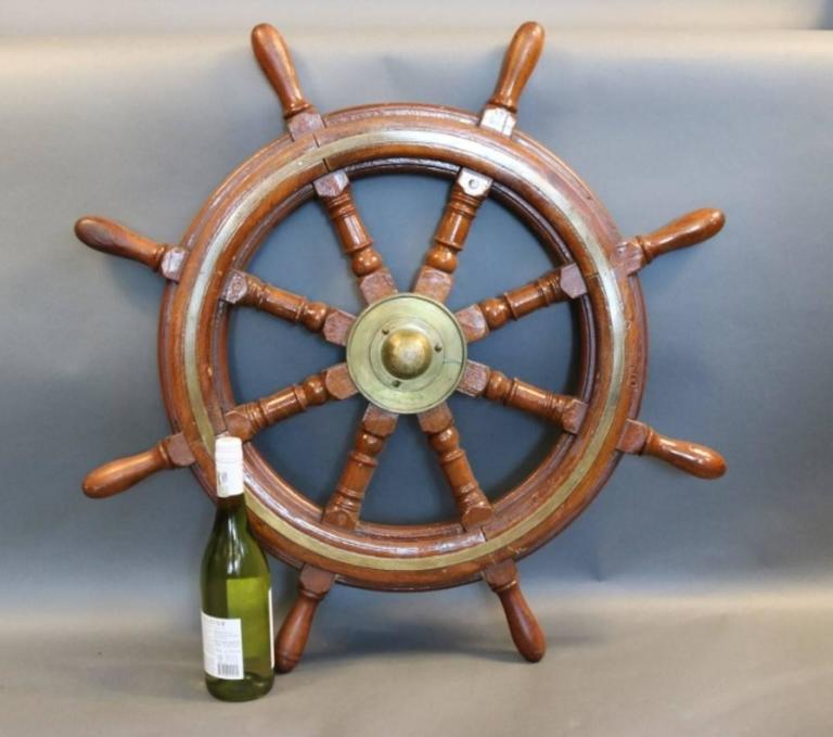 Mahogany Ship's Wheel with Brass Hub In Good Condition For Sale In Norwell, MA