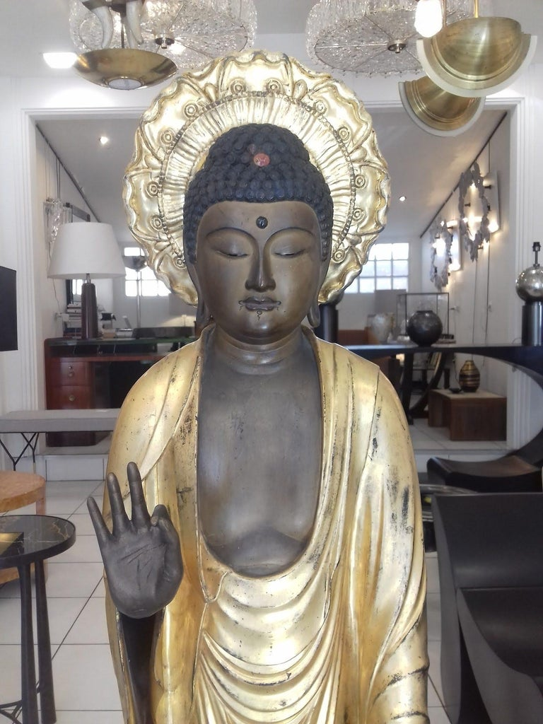 18th Century Amida Buddha in Gold Lacquered Wood For Sale 4