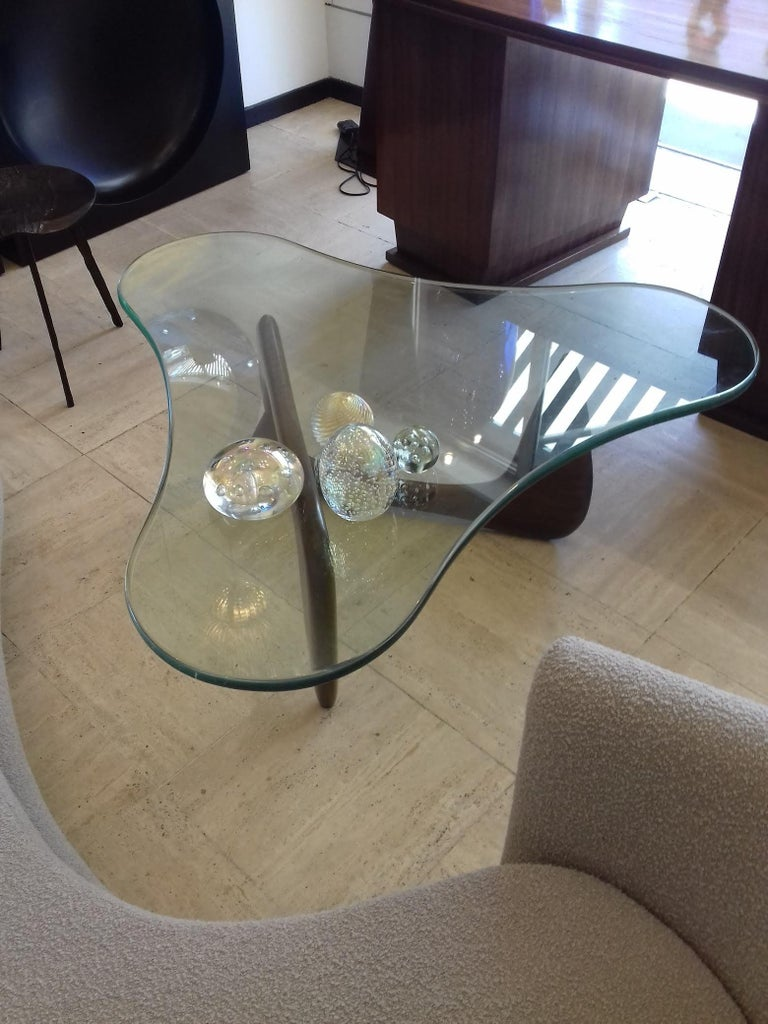 Mid-Century Modern Rare Coffee Table Attributed to Isamu Noguchi, circa 1960 For Sale