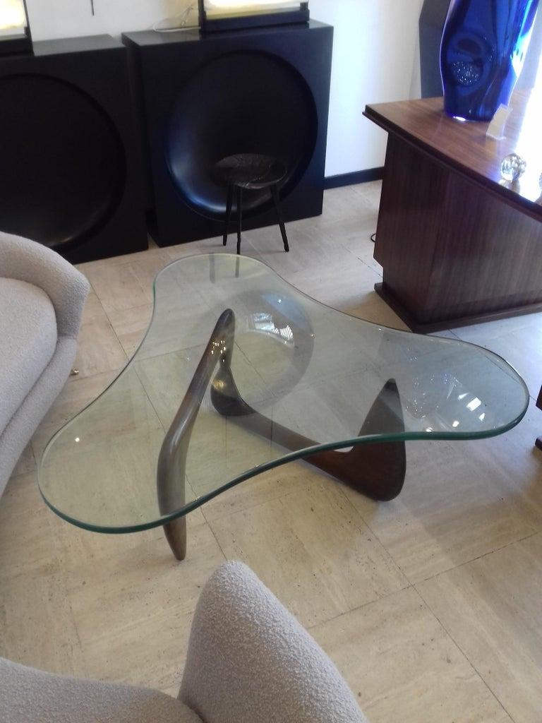 Mid-20th Century Rare Coffee Table Attributed to Isamu Noguchi, circa 1960 For Sale