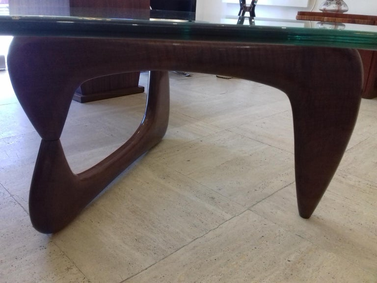 Rare Coffee Table Attributed to Isamu Noguchi, circa 1960 For Sale 3