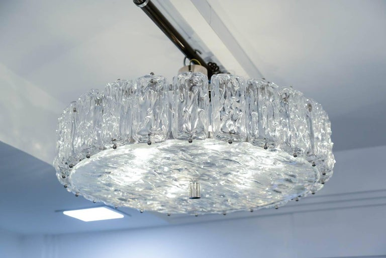 Murano Frosted Glass Chandelier For Sale 1