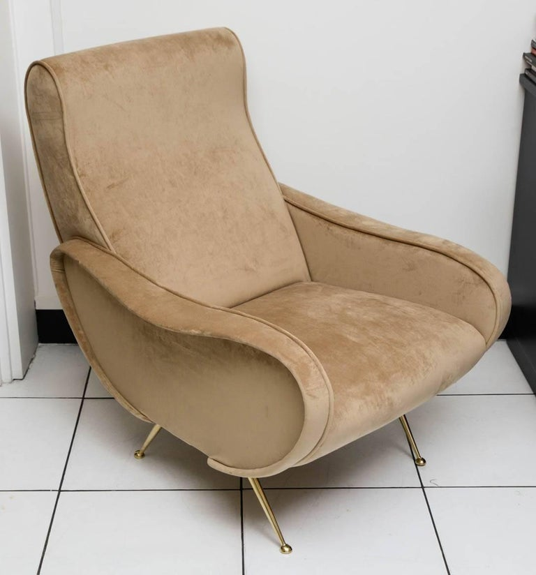 European Beautiful Pair of Italian Armchairs in the Taste of Marco Zanuso For Sale