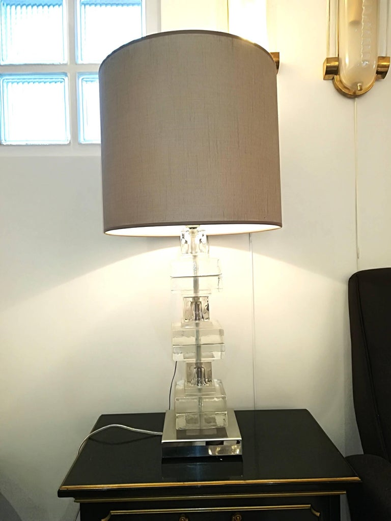 Modern Elegant Pair of Glass Table Lamps For Sale