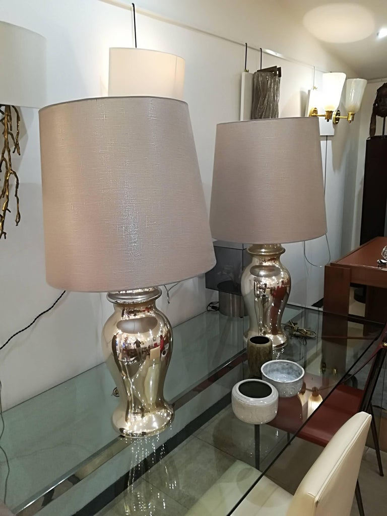 Mid-Century Modern Beautiful Pair of Eglomized Table Lamps For Sale