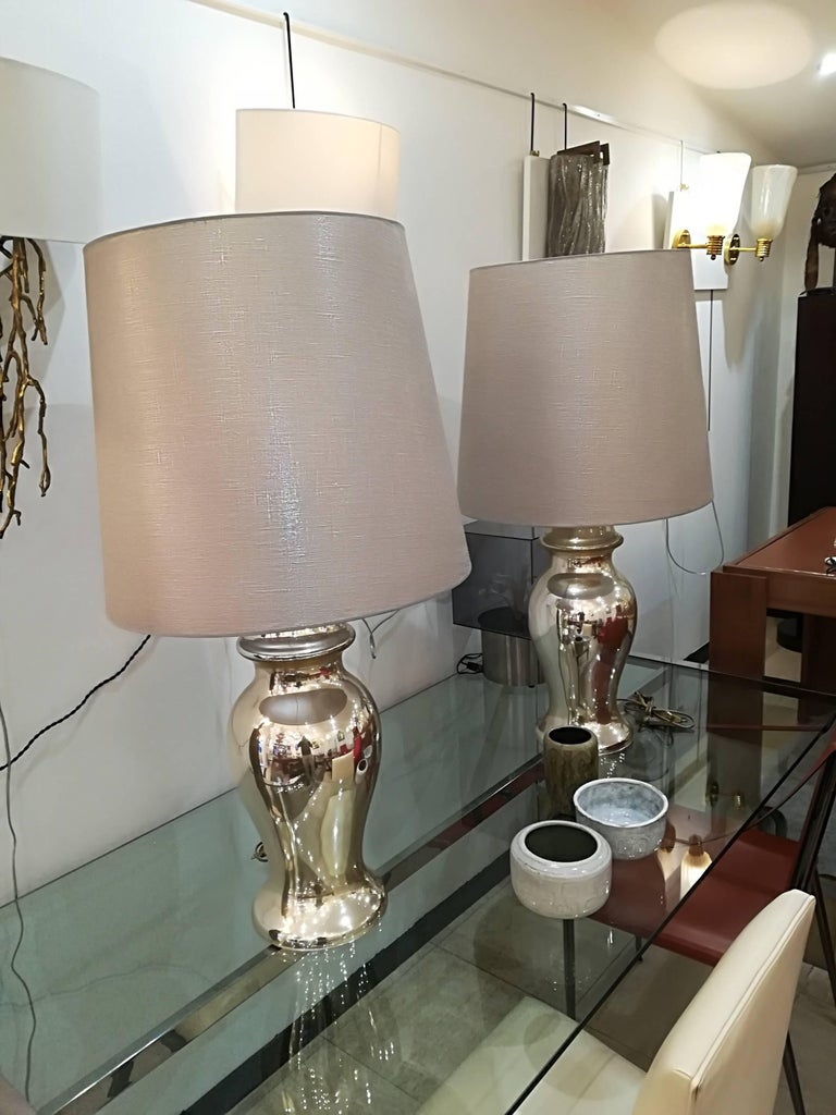Beautiful Pair of Eglomized Table Lamps In Excellent Condition For Sale In Saint-Ouen, FR
