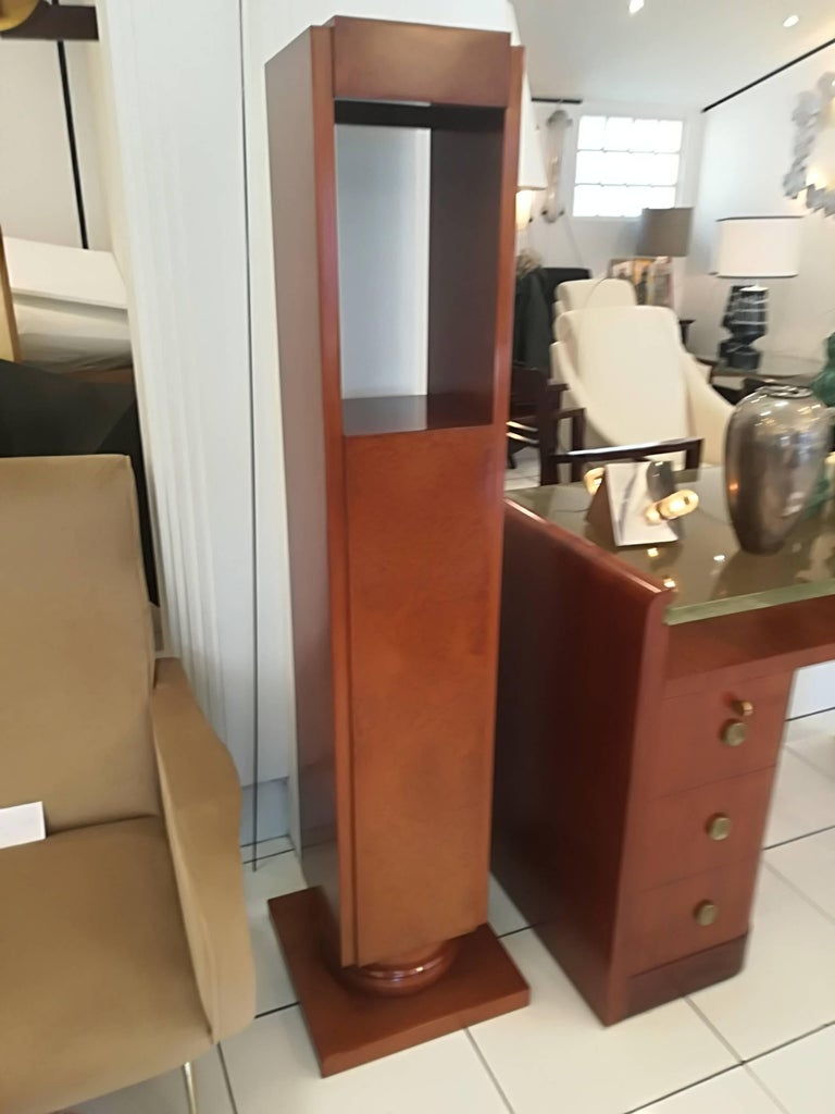 Art Deco Amboyna Burl Pedestal Circa 1930, in excellent condition. Base : 38x38cm