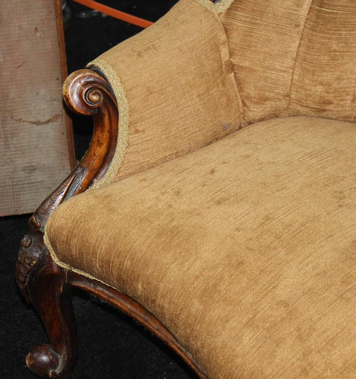 Antique victorian walnut upholstered chaise longue at 1stdibs for Antique victorian chaise