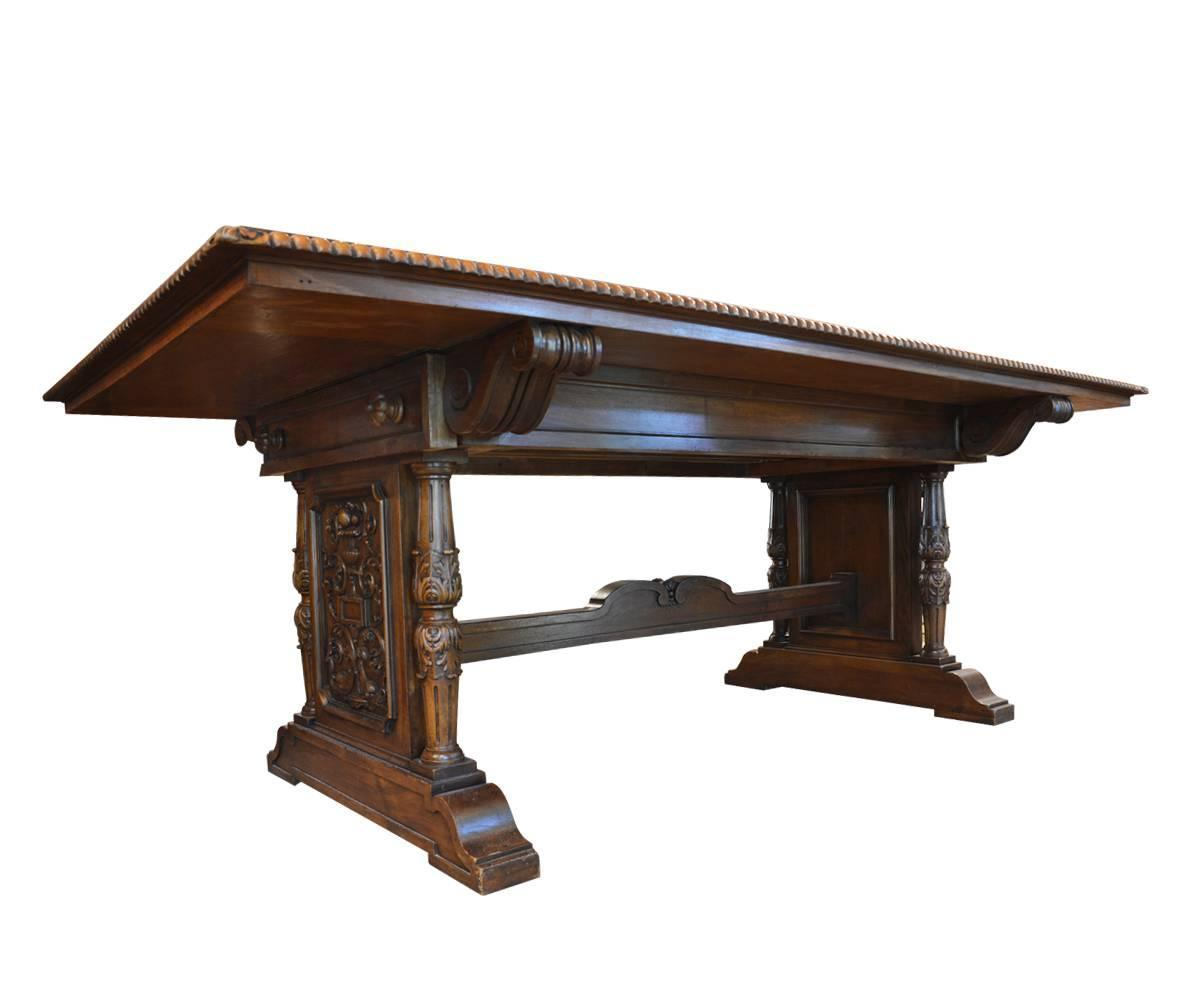 Very large 19th century italian hand carved dining set for Very small dining sets