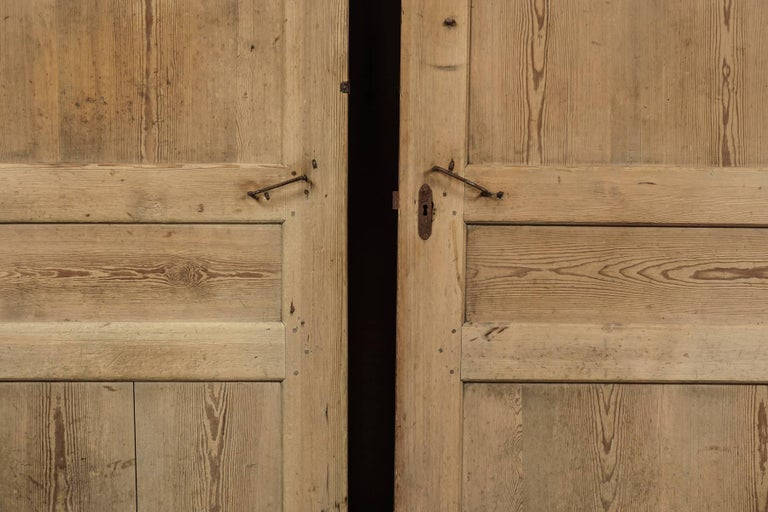 Pair of Primitive Doors from Sweden, circa 1820 In Good Condition For Sale In Nashville, TN