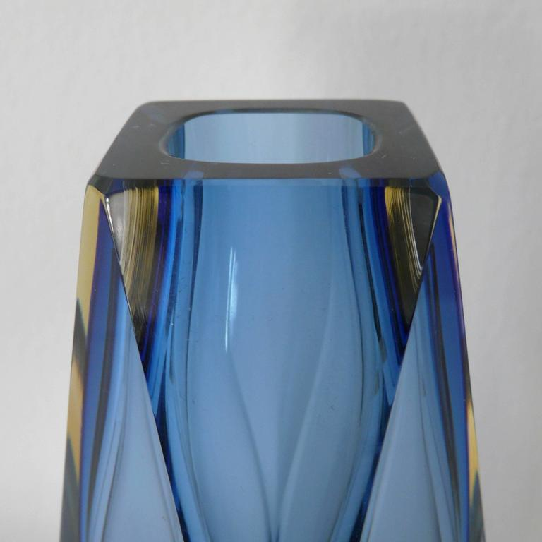 Mid-Century Modern Italian Murano Glass Sommerso Faceted Vase by Mandruzzato For Sale