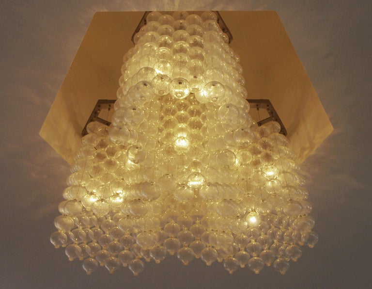 Large Tulipan Chandelier by Kalmar In Good Condition For Sale In Palm Springs, CA