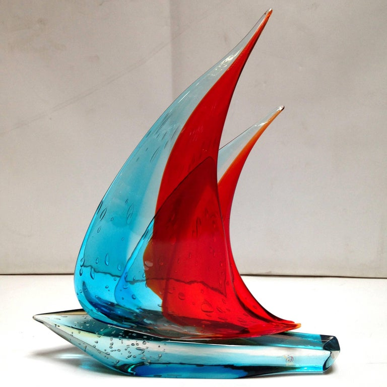 Italian vintage double sail boat hand blown and crafted in blue and red Murano glass by Sergio Constantini, signed on the base / Made in Italy in the 1960's Depth: 3.5 inches / Width: 17.5 inches / Height: 20 inches 1 in stock in Palm Springs