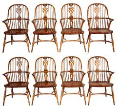 Set of Eight Fine English Windsor Chairs