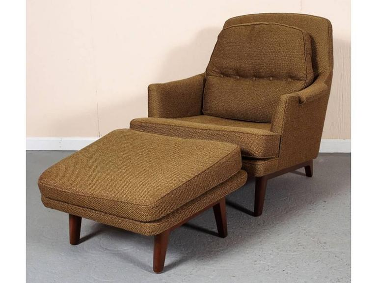 American Mid Century Lounge Chair and Ottoman By Roger Sprunger For Dunbar For Sale