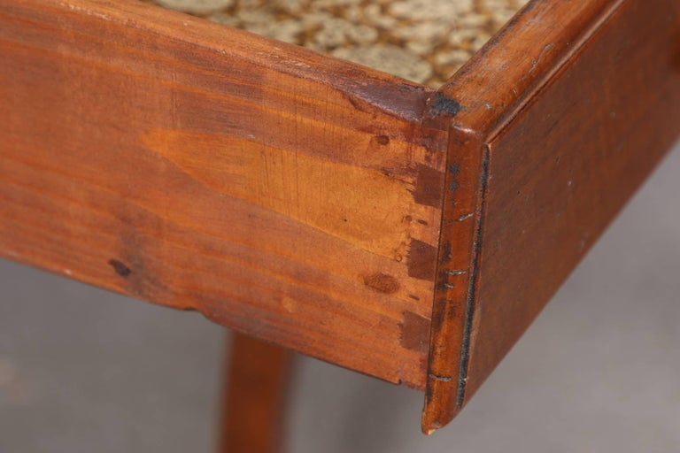 Pair of Italian Leather Top Side Tables For Sale 1