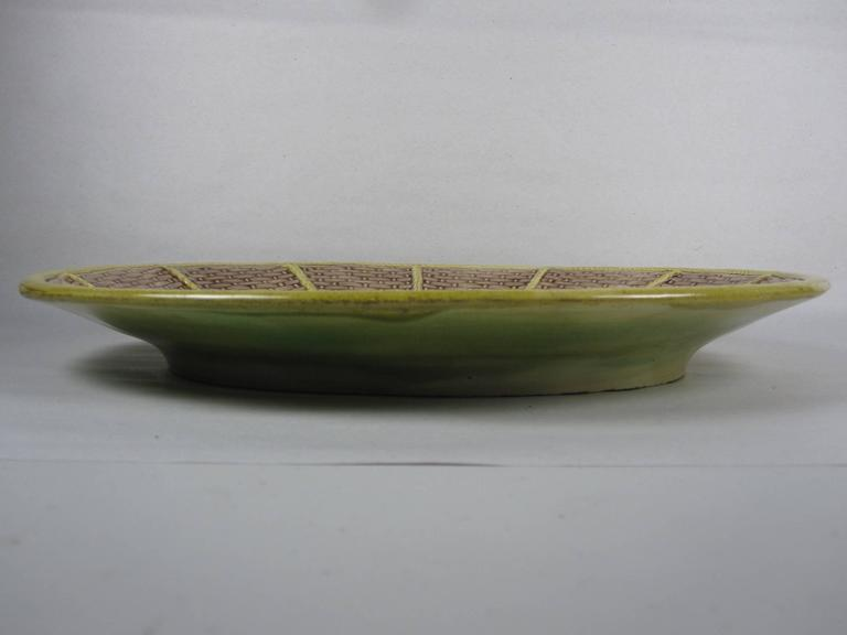 Earthenware English Majolica Fern and Floral, Wicker Basket Form Cheese Board Platter For Sale