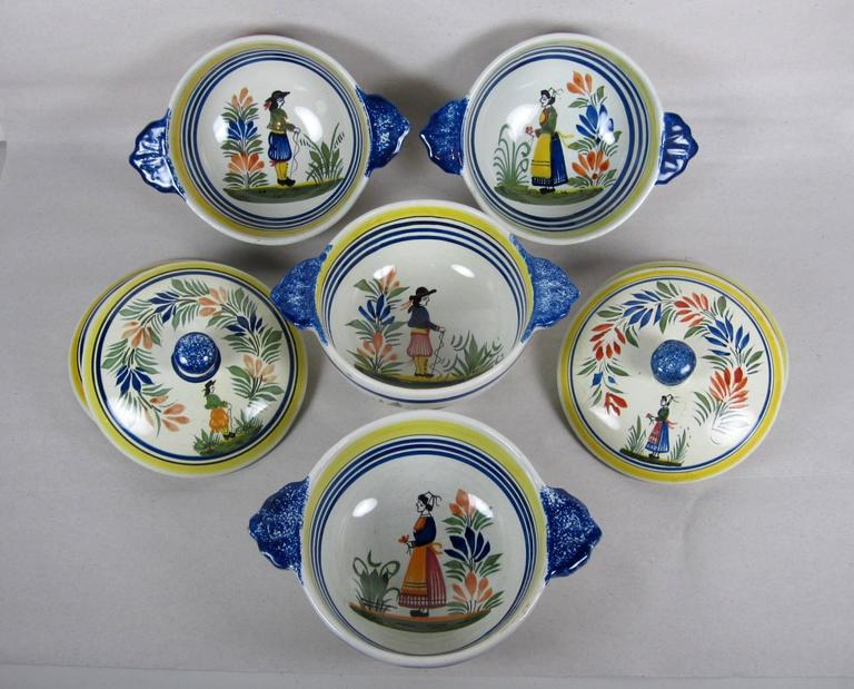 Faience  French Faïence Henriot Quimper Two-Handled Onion Soup Lug Bowls & Lids, S/4 For Sale