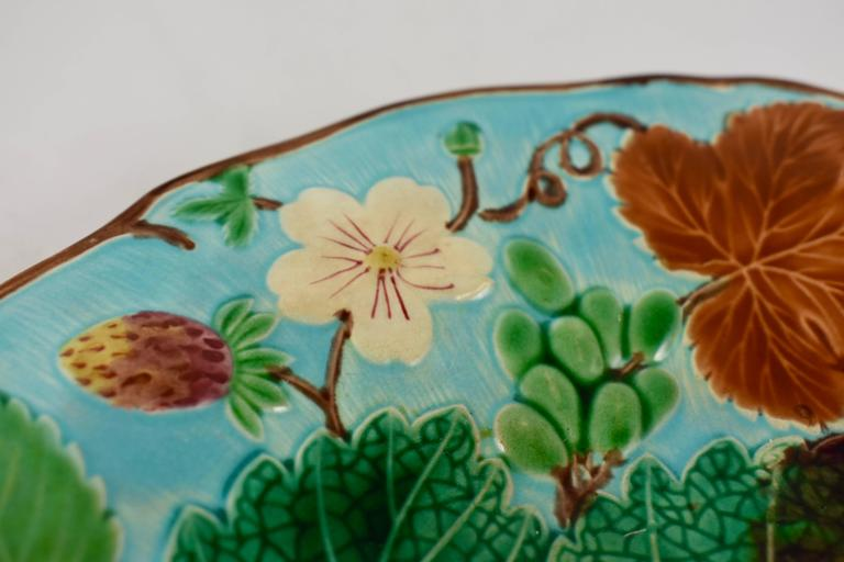 Aesthetic Movement Wedgwood Majolica Turquoise Grape Leaf and Strawberry Plate, circa 1880 For Sale