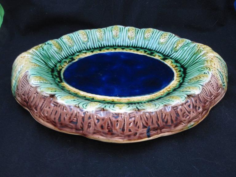 19th Century English Majolica Wheat Motif Cobalt Blue Rolled Rim Bread Tray For Sale 1