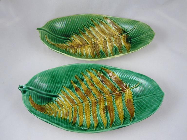 19th Century Wedgwood English Majolica Fern on Palm Leaf Shaped Trays For Sale 2
