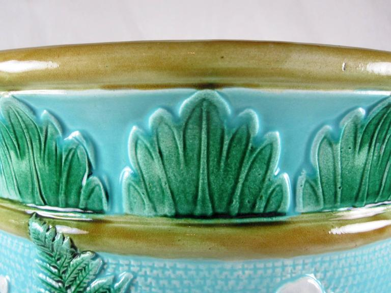 John Adams & Co Fern Leaf & Floral Turquoise English Majolica Jardinière c.1871 In Excellent Condition For Sale In Philadelphia, PA