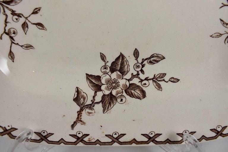 19th Century Staffordshire Aesthetic Movement Transferware Platter, 'Alaska' In Good Condition For Sale In Philadelphia, PA