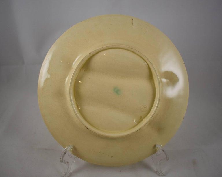 Glazed 19th Century Creil et Montereau French Barbotine Majolica Asparagus Plate For Sale