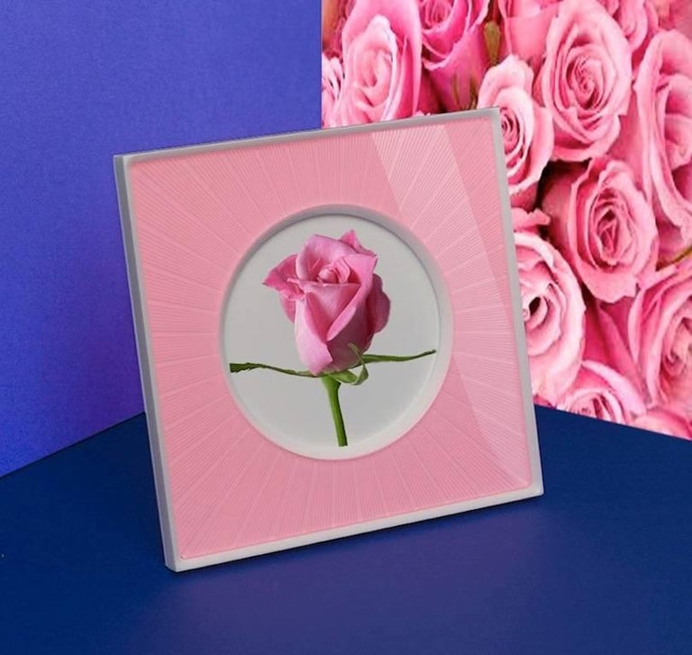 Italian Modern Design  Plexiglass Picture Frame, Sharing Pink In Good Condition For Sale In Sarezzo, IT